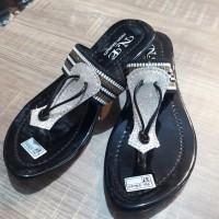 Sandal Wanita Flat