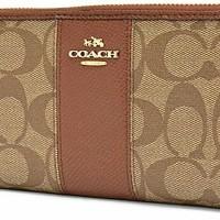 coach woman wallet