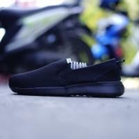Original BNWB Sepatu Running Adidas CF Slip On Full Black
