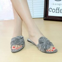 big ribbon flat sandal