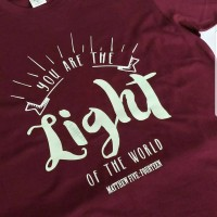 Kaos T-shirt print You Are The LIGHT Of The World (glow in the dark)