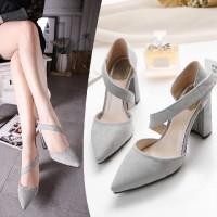 sepatu hak tali silang heels