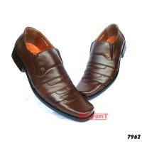 Sepatu Kerja Kantor Pantofel Pria Kulit Sapi Asli Warna Cokelat 7962