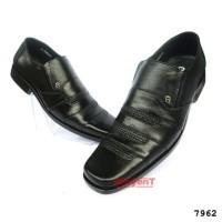 Sepatu Kerja Kantor Pantofel Pria Kulit Sapi Asli Warna Hitam 7962