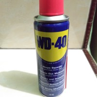 semprotan anti karat WD 40