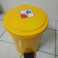 tempat sampah medis / tempat sampah injak 10 liter