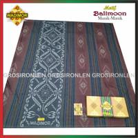 sarung tenun wadimor motif manik-manik/sarung wadimor motif kembang