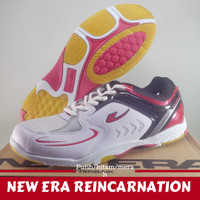 Sepatu Badminton Bulutangkis New Era Reincarnation Putih merah