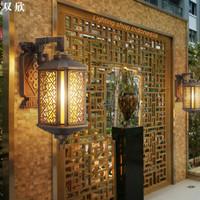 L1070 lampu dinding outdoor waterproof aluminium warna kuningan antik