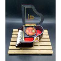 Kotak perhiasan Piano Astride / Kotak musik / Jewelry Music Box 9090