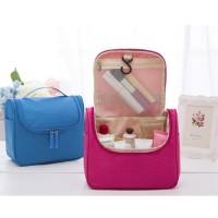Tas Toiletries Bag Tas Kosmetik pouch Alat Mandi Travel Mate F119