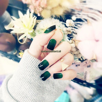 YT-021 Gradient Green Black Nail Art Instant Fashion Kuku Palsu Cantik