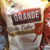 Kapal Api Grande White Coffee With Choco Topping 20gr x 20 sachet