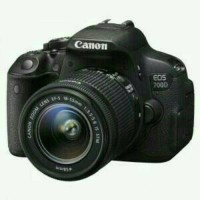 Camera Canon EOS 700D Kit 18-55 mm is STM paketan