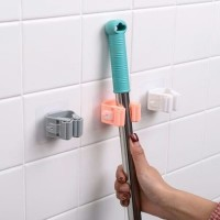 single mop holder / clip hook untuk gantung sapu , payung dll