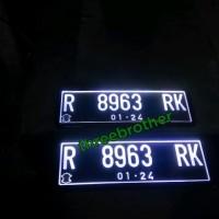Plat Nomor Mobil Nyala Lengkap dengan cover akrilik