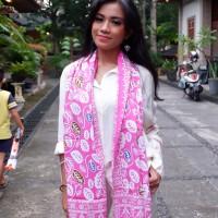 Syal Batik Motif Daun Simpor Pink (Cetak)