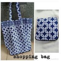 Shopping bag lipat motif batik