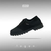 LOGAN BLACK SADDLE BOOT