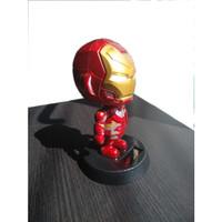 Boneka Hiasan Dashboard Boneka Kepala Goyang Avengers IRONMAN MERAH