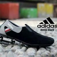 Sepatu Pria Slip On Adidas Messi Casual