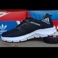 sepatu olahraga adidas alphabonce warna hitam list abu abu