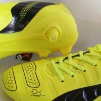 sepatu bola impor puma evospeed sl. adidas. nike olahraga