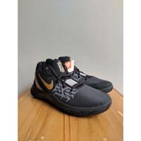 (BNIB) ORIGINAL Sepatu Basket NIKE Kyrie Flytrap II Black / Gold
