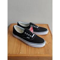 [BNIB] Original Vans U Era Sneakers Pria - Black White