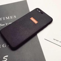 CASE / CASING SUPREME TEXTURE KULIT IPHONE 8 PLUS HITAM