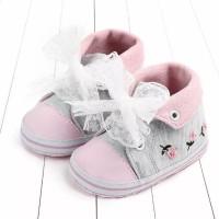 Sepatu Bayi Perempuan Prewalker Bordir Bunga Abu-Abu
