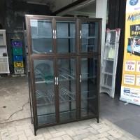 LEMARI RAK PIRING SUPER TEBAL KACA RIBEN 3 PINTU TULANG KOTAK