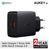 Aukey PA-T17 Single Port QuickCharge 3.0 Qualcomm (tdk termasuk kabel)
