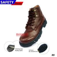 Sepatu Safety Pria Boots Tali Warna Cokelat 05