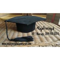 Topi Toga I Universitas Topi Wisuda Sekolah dan Toga Toga Murah 4