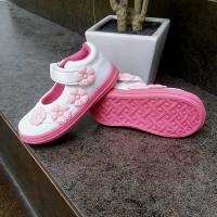 Sepatu anak perempuan Slip on flat Kipper Tipe Mega umur 1 - 4 tahun