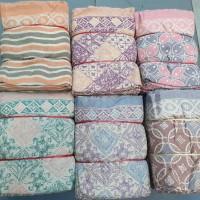 kain batik cap doby motif warna pastel. asal cirebon