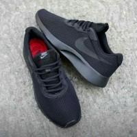 Sepatu Olahraga Ori Nike Tanjun ORIGINAL full All Black Hitam polos