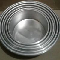 cetakan kue / loyang kue bulat isi 6 tinggi 7cm