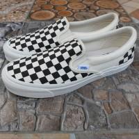 Vans Vault Slip On OG CheckerBoard Black white