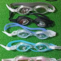CUCI GUDANG HOT Kacamata Renang Anak Speedo Case Plastik Tebal