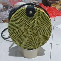Tas Rotan Khas Bali Lombok 18 cm