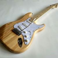 Gitar Listrik Fender Stratocaster Natural Color murah