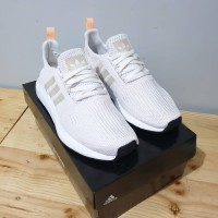 SEPATU SNEAKERS WANITA ADIDAS SWIFT RUN WHITE SILVER ORIGINAL