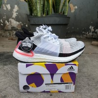 SEPATU ADIDAS ULTRABOOST 19 CHALK WHITE UNAUTHORIZED AUTHENTIC - Putih