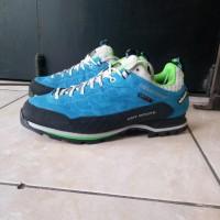 Sepatu gunung karrimor hot route waterproof original