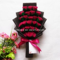 Buket Bunga Tangkai Mawar Flanel Wisuda Murah