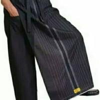Sarung celana wadimor hitam polos motif gold motif hujan gerimis