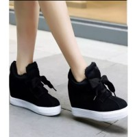 Wedges Sneakers MD910 Hitam