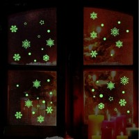 "Stiker Dinding / Kaca Glow in the Dark"" Motif Bunga Salju"